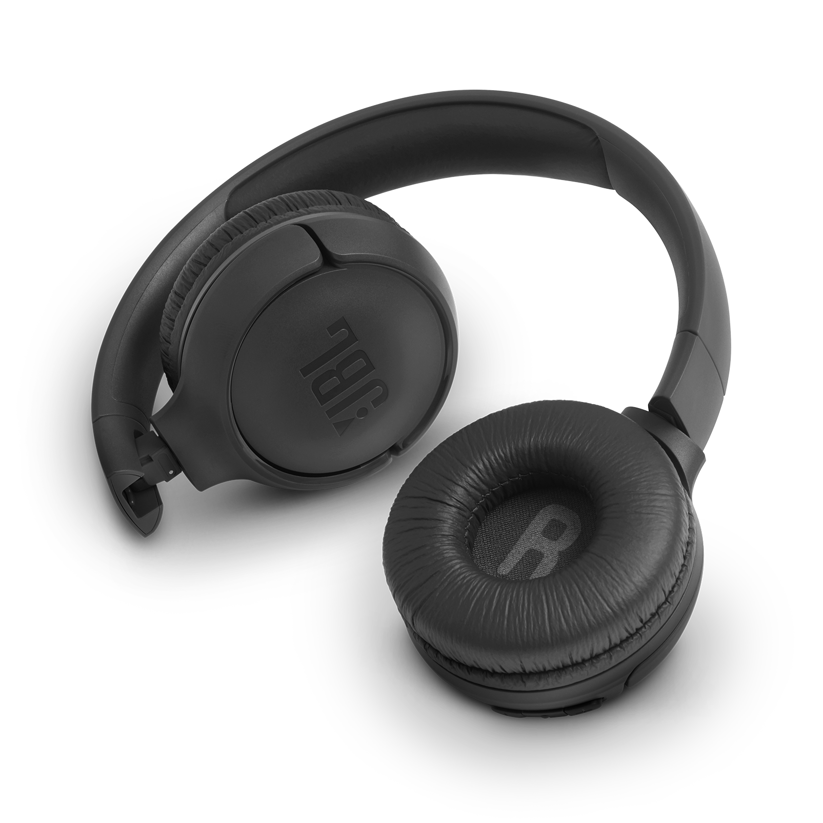 JBL TUNE 560BT - Black - Wireless on-ear headphones - Detailshot 1